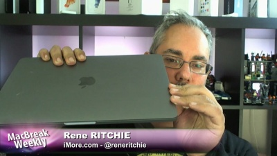 Rene Ritchie with the 2016 MacBook Pro