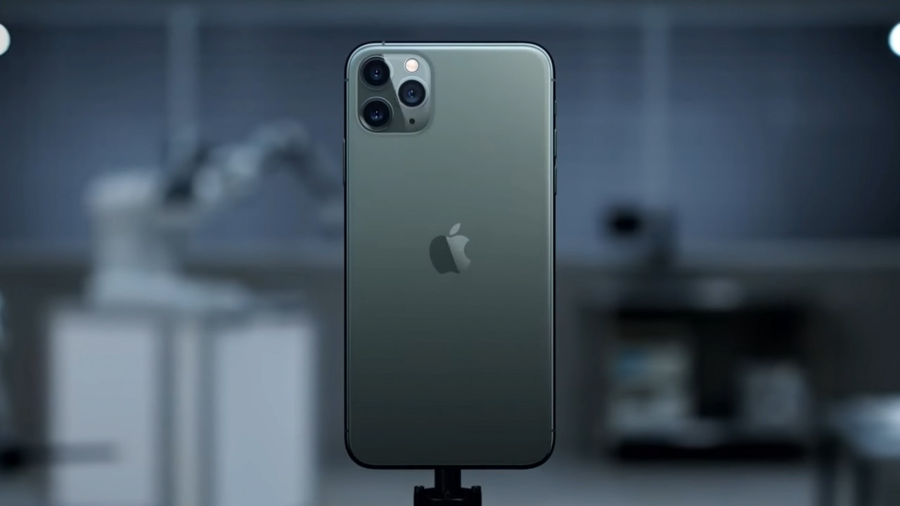 TWiCH 533: The iPhone Goes Pro